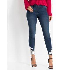 jeans met gehaakte kant