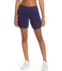 women's brooks chaser 7 shorts