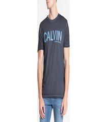 camiseta calvin klein estampada letters azul marinho