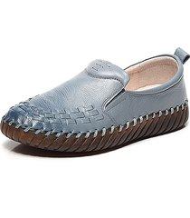 scarpe basse in pelle morbida con stitching