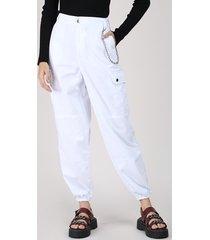 calça de sarja feminina jogger cargo cintura alta com corrente branca