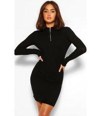geribbelde gebreide jurk met rits, zwart