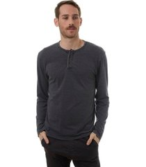 px long sleeve henley t-shirt