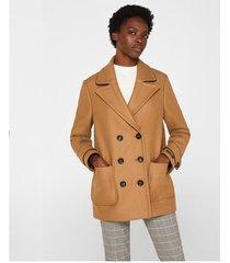 abrigo con solapas
