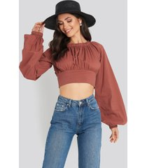 na-kd boho cropped balloon sleeve cotton blouse - red