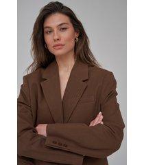 josefine hj x na-kd gjord av tvill oversize blazer - brown