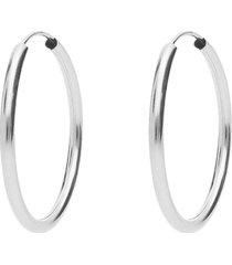 orecchini a cerchio in oro bianco sottili per donna