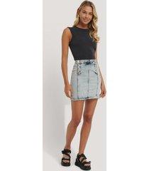 na-kd kjol med knäppning fram - blue