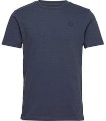 alder badge tee - gots/vegan t-shirts short-sleeved blå knowledge cotton apparel