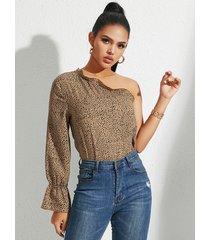 yoins blusa con volantes en color caqui one blusa de manga larga con hombros descubiertos
