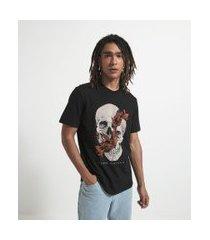 camiseta manga curta com estampa caveira floral | blue steel | preto | m