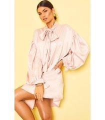 satijnen blouse jurk met strik en grote schouders, babyroze
