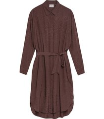 jurk mahogany bruin