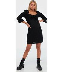 glamorous half sleeve knot dress fodralklänningar