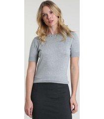 blusa feminina básica com aviamento metálico manga curta decote redondo cinza mescla