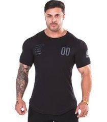 camiseta boss preta