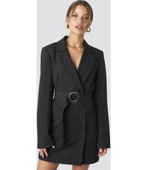 tina maria x na-kd oversized o-belted blazer dress - black