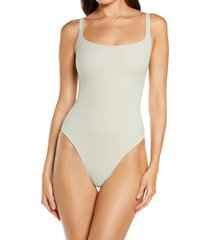 skims fits everybody square neck sleeveless bodysuit, size x-large in talc at nordstrom
