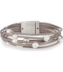 saachi women's freshwater pearl & leather-strand bracelet - beige