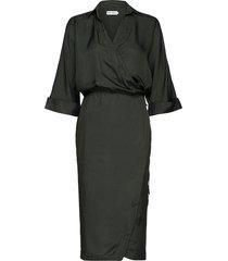 gigi dress knälång klänning grön ahlvar gallery
