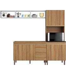 cozinha pequena c/ nichos aéreos, paneleiro duplo e balcão de pia peternella