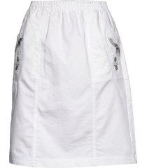 sc-akila kort kjol vit soyaconcept