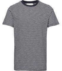 the organic multistriped tee t-shirts short-sleeved blå by garment makers