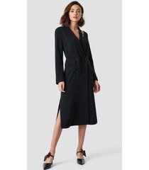 na-kd cold shoulder trench coat - black