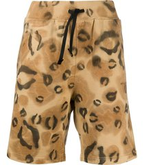 1017 alyx 9sm animal print relaxed shorts - neutrals