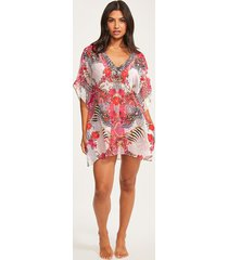 samba v neck cover up