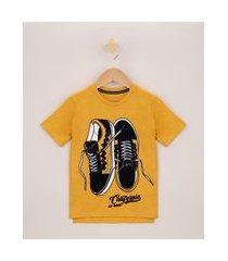 camiseta infantil tênis flocado manga curta amarela