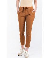 pantalón marrón symmetria ghazi