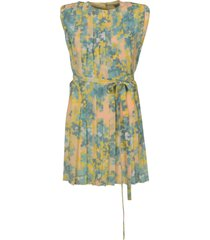 belted waist sleeveless dress
