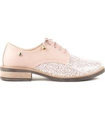 zapato rosado de mujer con atadura cosmos