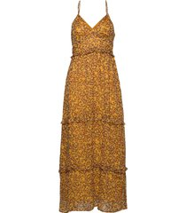 margaux maxi dress maxiklänning festklänning brun superdry