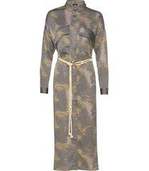 colby dress knälång klänning grå nü denmark