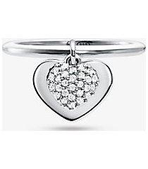 mk anello con cuore in argento sterling con placcatura in metallo prezioso e pavé - argento (argento) - michael kors
