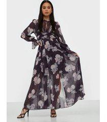 forever new lace trimmed maxi dress maxiklänningar