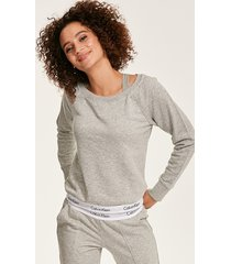 modern cotton sweatshirt