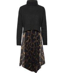 cynthya tabula dress knälång klänning svart allsaints
