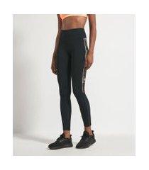 calça legging com estampa folhagem na lateral   get over   preto   gg