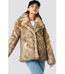 na-kd trend faux fur collar jacket - brown