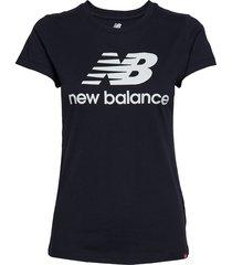 essentials stacked logo tee t-shirts & tops short-sleeved blå new balance