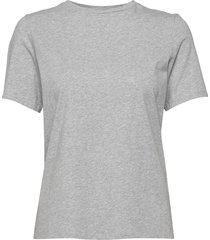 w super tee t-shirts & tops short-sleeved grå peak performance