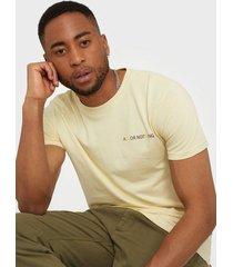 solid t-shirt - kolby ss t-shirts & linnen sand