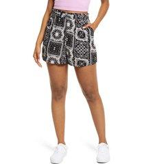 bp. print paperbag shorts, size large in black bandanamix at nordstrom