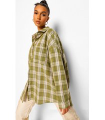 oversized flannel shirt, olive