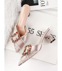 estilete puntiagudo con diamantes de imitación sandalias