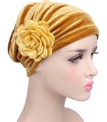 berretto in velluto di colore solido per donna cappellino con turbante elasticizzato con fiori