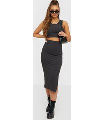 nly trend take a chance set loose fit dresses